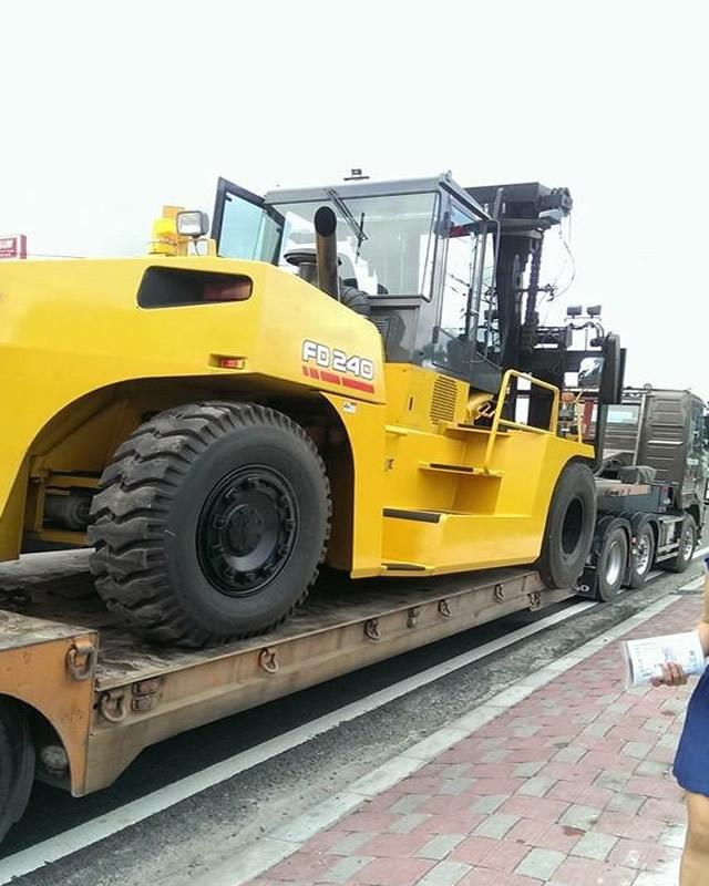 外匯及進口 二手挖土機、山貓、鏟裝機、堆高機、推土機